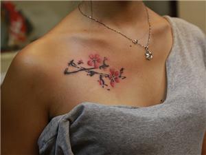 花纹身图案