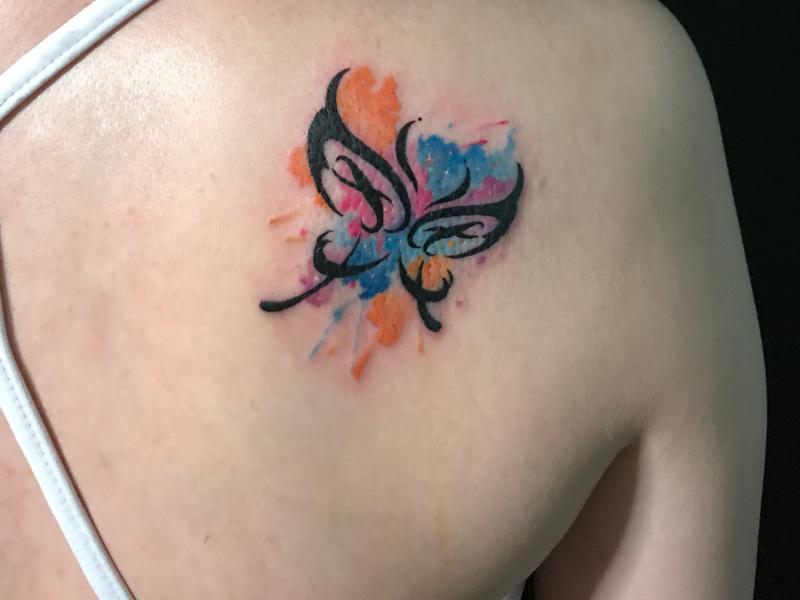 彩色蝴蝶纹身原创图案